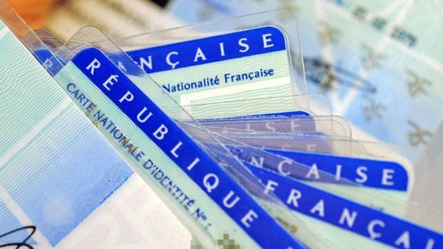 Naturalisation nationalité française et question lors de l
